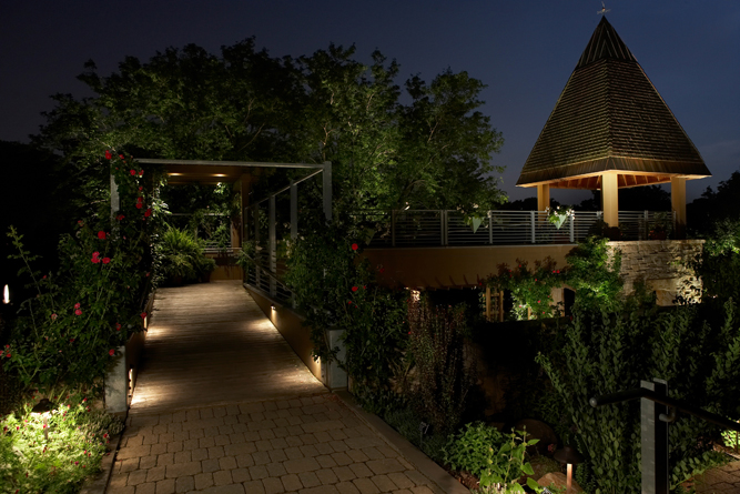 Elliott bay landscape design inc portfolio light for Luminaire outdoor design